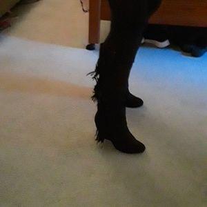 Fergalicious Primp by Fergie Fringe black Boots